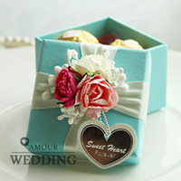 cardboard gift boxes - 4Color Flower with Ribbon Bow Cardboard Candy Boxes White Square Wedding Favor Holder Gift Party Boxes a