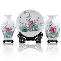 Wholesale Ceramic Chinese characteristics Jingdezhen Blue and white flower vase party decorations The gift Chinese characteristics crafts