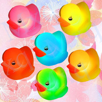 Shower Caps Halloween Four-piece Set Free shipping Baby Bath Bathing Funny LED Flashing Toy Rubber 2PCS Duck and 2PCS Dolphin , Multi Color Change Flashing Light