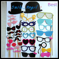 Wholesale Funny Christmas Taking Photos Tools lips moustaches glasses with sticks designs for Wedding or kids Taking Pictures New Gift toys