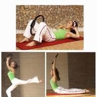 al por mayor círculo de la aptitud de los pilates-Más Reciente Llegada De La Media Luna Manejar Pilates Yoga Pilates Anillo De Fitness Circle Fitness Suministros Entrega Al Azar