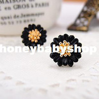 Wholesale Authentic Korean sweet little daisy flowers fresh ear earring fashion jewelry special lady
