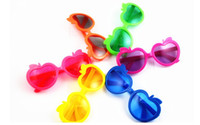 Plastic apple shaped candy - Cool baby girl boy sunglasses children cartoon apple shape sunglass glasses summer beach outwear candy colors party Photography props