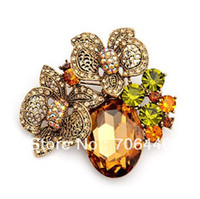 Wholesale Antique Gold Plated Vintage Style Champagne Crystal Flower Wedding Brooch