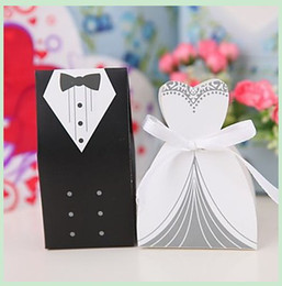 Wholesale 200pcs White Wedding Gown and Black Suit Candy Boxes Wedding ceremony Favors Favor holders Gift box Candy Bag pairs