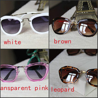 Wholesale Sunglasses hot women fashion sunglasses models with sheet metal frame glasses personalized sunglasses
