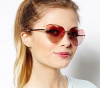 Love sunglasses acrylic shot glasses - 2014 Love exquisite fashion sunglasses street shooting star peach heart glasses selling heart shaped sunglasses