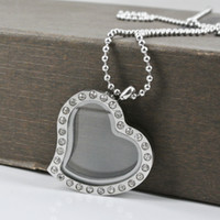 Europe; American; glass photo frame - Fashion rhinestones heart photo frame floating glass locket pendant necklace silver L stainless steel crystal picture frame necklace