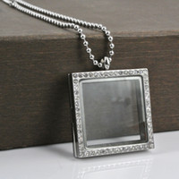 Wholesale Fashion rhinestones square photo frame glass floating locket pendant necklace silver L stainless steel crystal picture frame necklace