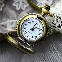 Unisex classical pocket watch - Hot selling Alloys classical Pocket Watch Quartz Necklace watch Pendant Chain Clock XH057