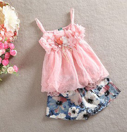 Wholesale 2014 Summer New Arrival Children Girls Chiffon Petals Flowers Pompon Suspender Tops Blossoms Shorts Set Pink Green Outfits B3062