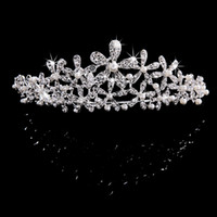 Wholesale Each one Butterfly Crown Combs Wedding Bridal Tiara Jewelry Crystal Hair Ornaments Wedding Dress Accessories Each buyers to pu