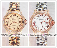 Women's bending rubber - Crazy Sale Luxury Geneva Silicone Rhinestone Gift Watch Fashion Leopard Pattern Lady Dress casual Watch Roman Numbers Bend Ear round dial