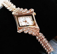 Wholesale Luxury Women Watches Ladies Wrist Watches Gorgeous Rhinestones Rose Gold Girl Women Bracelet Wrist Watch