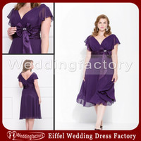 Wholesale Purple Chiffon Mother of Bride Plus Size Dresses A Line V Neck Tea Length Wedding Party Dress with Ruffled Sleeves