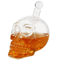 Wholesale New ml Fashion winebottle Crystal Skull Head Vodka Shot Glass Beer Bottle Drink Ware funny cup Home Bar Party Use With Corks Y4094B