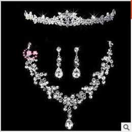 Wholesale 2015 Rhinestones Crystal Wedding Jewelry Sets Necklace Earrings Headdress Sets Wedding Bridal Dresses Dress Gown Accessories Ear Clip
