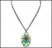 Wholesale Contrast Colors Crystal Resin Gemstone Flower Pendant Necklaces AAAAA Zinc Alloy Silver Chains Jewelry