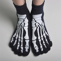 Wholesale news Cute Colorful men or man cotton socks Color stripes five finger Toe Socks Pairs