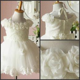 2014 Beautiful Flower Girls' Dresses White Tea-Length Ball Gowns Bow Hand Made Flowers Lace Dress Halter Sleeveless Kid Organza Wedding Gown