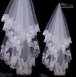 Wholesale 2014 Actual Images white Ivory Bridal Bridesmaid Exquisite Crescent Side Wedding Veil M