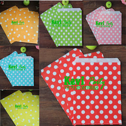 Wholesale Colorful Dot Paper Packing Bags Candy chocolate cheap Fashion Bag Bitty Party Food Pouches Favor Holder