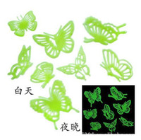 Graphic vinyl PVC Animal 100packs lot Butterflies Glow in the Dark Fluorescent Plastic Home Decorate Wall Sticker D2910