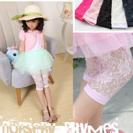 Wholesale Girls Children Summer Lace Leggings Girls Cotton Lace Floral Short Leggings Summer Kids Popular Fashion Hollowed Floral Lace Short Tights