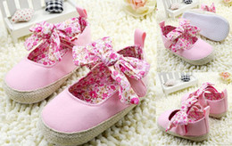 OUTLETS!Soft bottom baby shoes,PINK toddler shoes,embroidered kids shoes,lace children antiskid walker shoes baby wear.5 pairs 10pcs.C