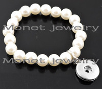 Wholesale A19382 girls false pearl bracelets fashion ladies vintage bracelet with pieces pearl and one noosa chunk button