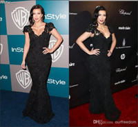 Model Pictures V-Neck Lace Kim Kardashian Celebrity Dresses With V Neck Cap Sleeve Sheath Sweep Train Black Lace Evening Prom Party Gowns Of 2014 Oscar