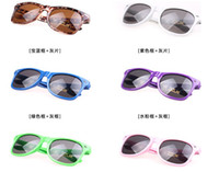 Wholesale Classic men women candy color sunglasses shades unisex goggles dark glasses UV400 summer beach Wayfarers Fashion Accessories eyewear