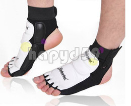 free ship 1 pair muay WTF Taekwondo Sanshou Nursing ankle fighting feet ankle protector protective gear foot protection foot cover
