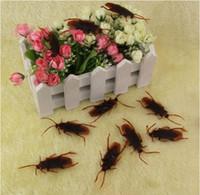 Wholesale Tricky Toys Simulation Cockroach Novelty Funny Jokes Fake Prank Toys