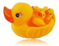 Unisex 0-12M Plastic Cute Baby Toy Girl Boy Bath Bathing Classic Toys Rubber Race Squeaky Ducks Set Yellow Sale