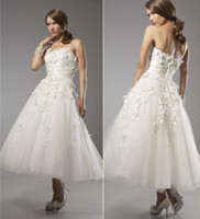 A-Line Model Pictures Strapless 2014 Boho Lace Wedding Dresses Strapless Sleeveless A-Line Tea-Length Tulle Skirt White Ivory Champagne Bridal Gowns