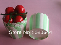 Wholesale 200pcs Green amp White Stripe Baking Cups Treat Portion Candy Nut cups Paper Stripe party Baking cupcake liners