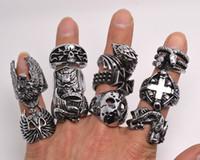 al por mayor los hombres de estilo retro-Sobredimensionar cráneo gótico tallado anillos anti-plata retro Nuevos r0079 joyas para motociclistas estilos mezclados porciones de los hombres