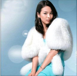 Wholesale 2014 Hot Sale Classic White Bridal Feather High Quality Wedding Jackets