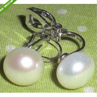 american wedding culture - very Beautiful Excellent Cultured white pearl Clip on earring