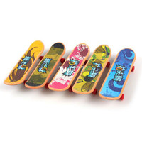Wholesale YJ9401 Safe Plastic Mini Finger Scooters Skateboards Gift Toy for Kids