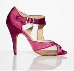 Wholesale Women in high heeled Latin dance shoes leather soft bottom women costumes wear friendship dance shoes jazz modern dance adult ballroom shoes
