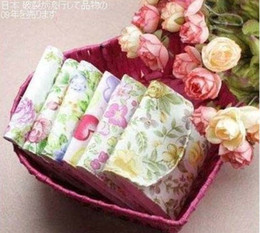 Wholesale Girls must have item sanitary Sanitary flower Cartoon napkins package Cotton Fold bag napkin bag napkin Pouch