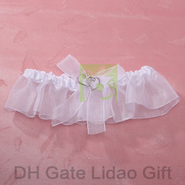 Wholesale White Satin amp Organza Wedding Bridal Garter With Heart Shaped Decoration For Wedding Article New Arrival