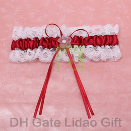Wholesale White Lace Wedding Garters With Bold Red Bow amp Flower Vintage Bridal Garters for Wedding Retails