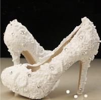 Wholesale Fashion In White Pearls Crystals Beaded Lace Wedding Shoes Women s High Heels Bridal Evening Prom Party Bridesmaid Shoes