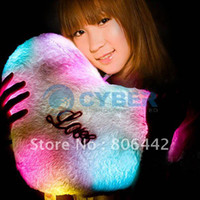 Wholesale Holiday Sale LED Pink Fluffy Love Heart LED Light Lamp Cushion Pillow