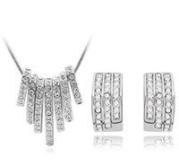 Wholesale Austrian crystal gold plated sterling silver jewelry set full drill necklace and a pair of earrings z084