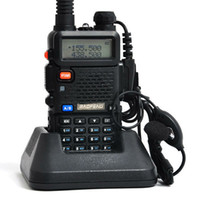 Wholesale BaoFeng UV5R VHF UHF two way radios baofeng uv r dual band walkie talkie radio FM transceiver PTT communication headset charger battery