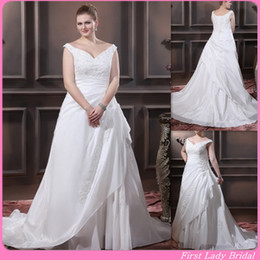 Wholesale High Quality Plus Size Wedding Dresses Ivory Taffeta V neck Straps Sweep Train Appliques Beaded Lace Up Bridal Gown